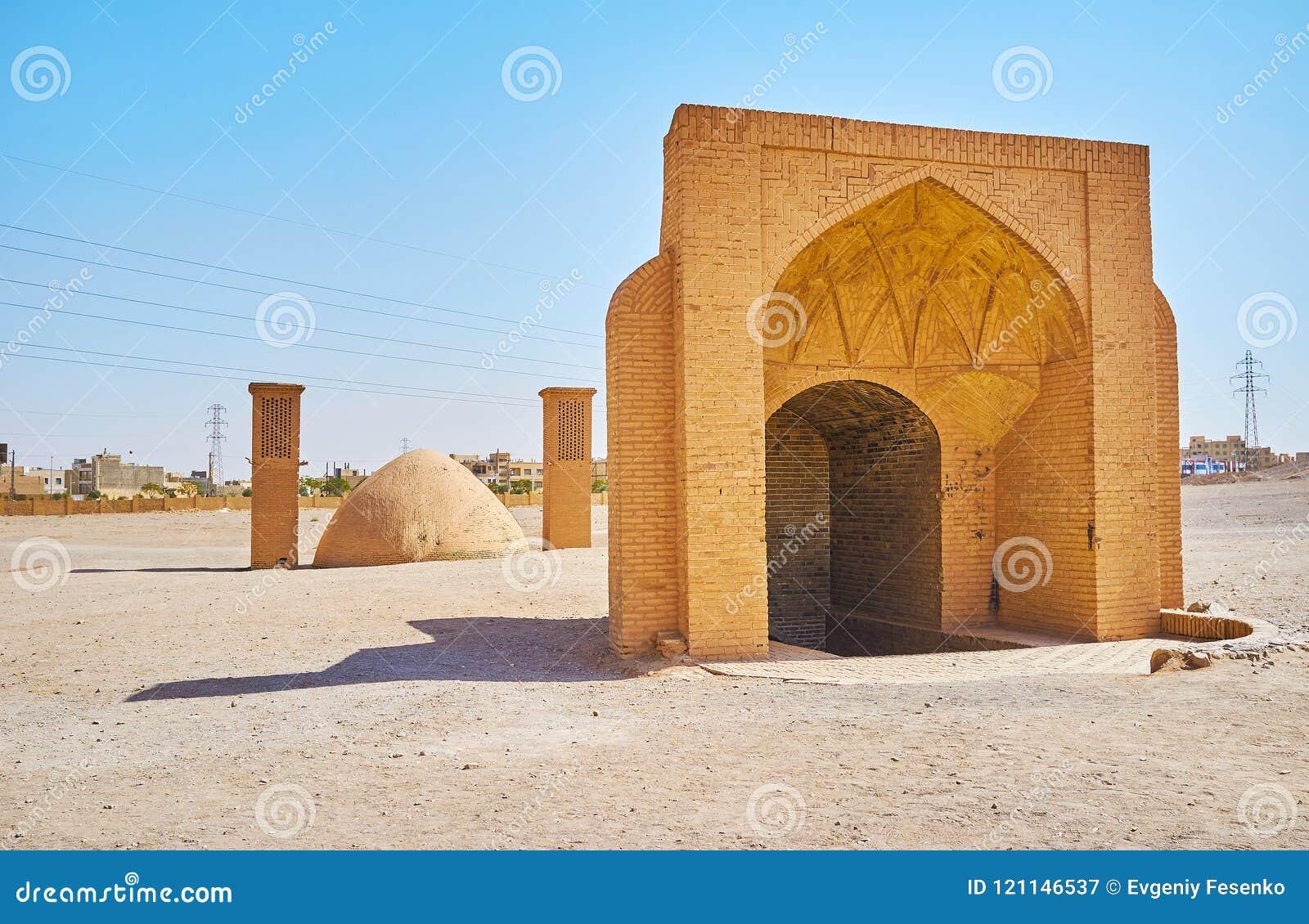 Αποθήκευση δεξαμενών και πάγου νερού στην αρχαιολογική περιοχή Dakhma, Yaz