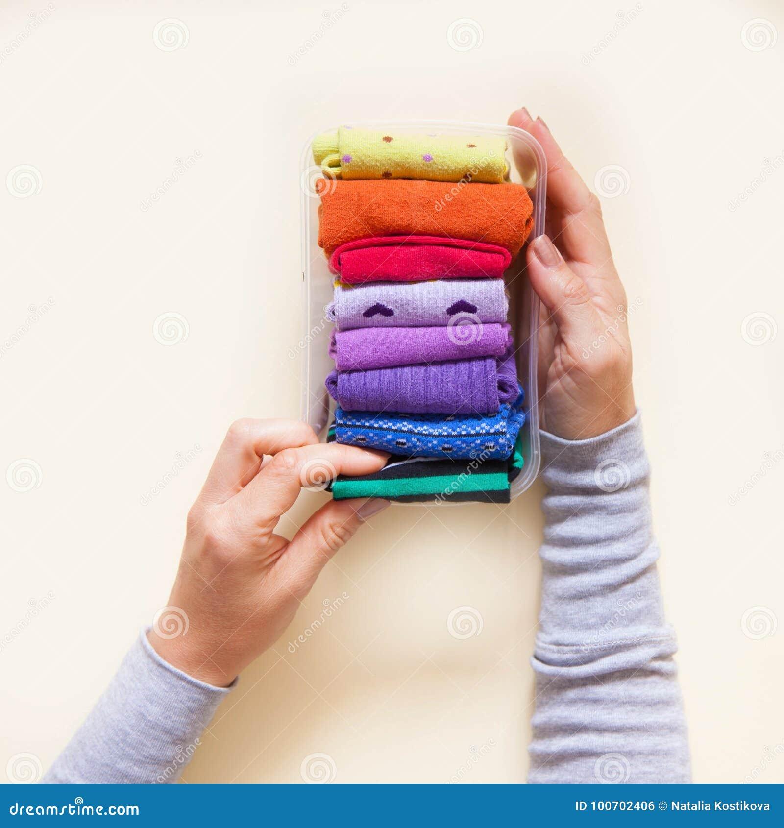 Αποθήκευση ενδυμάτων Διαταγή στο ντουλάπι δίπλωμα των καλτσών Κύριο Clas