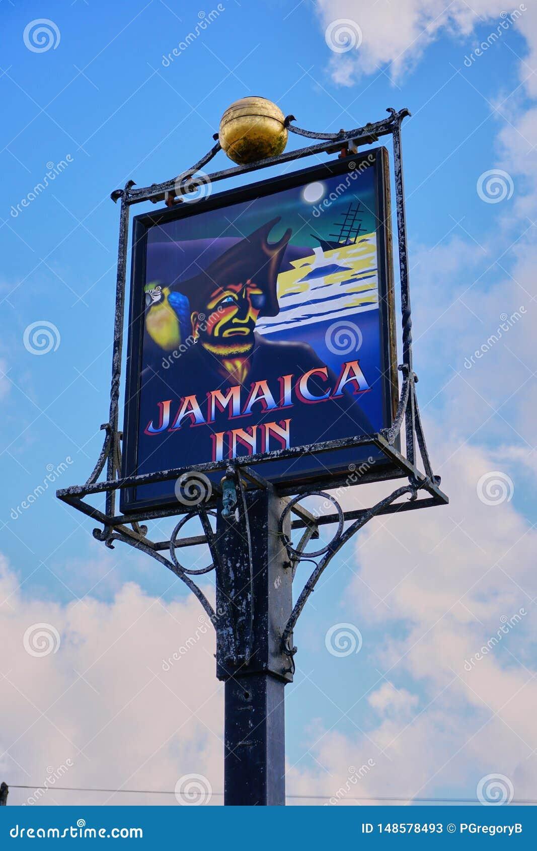 Απομονωμένη άποψη του διάσημου σημαδιού πανδοχείων της Τζαμάικας στην Κορνουάλλη Αγγλία