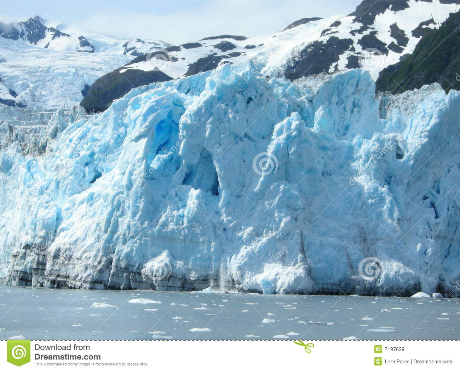 από την Αλάσκα παγετώνας