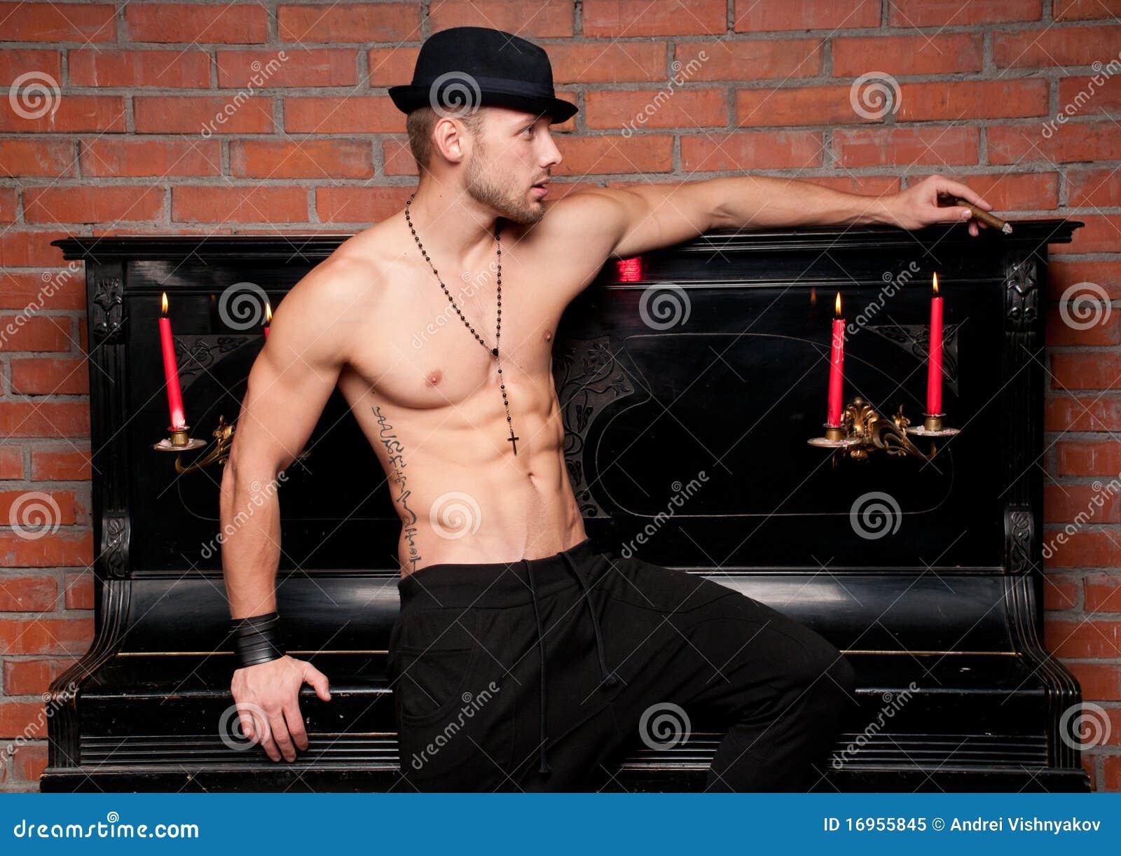 αρσενικό μοντέλο