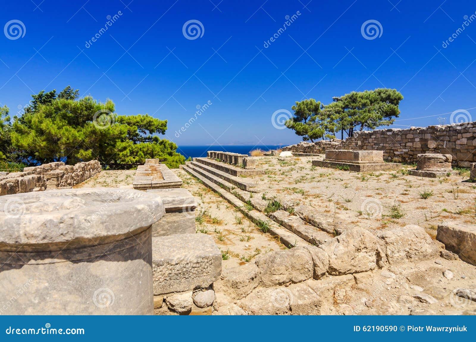 Αρχαία σημάδια αρχιτεκτονικής σε Kamiros