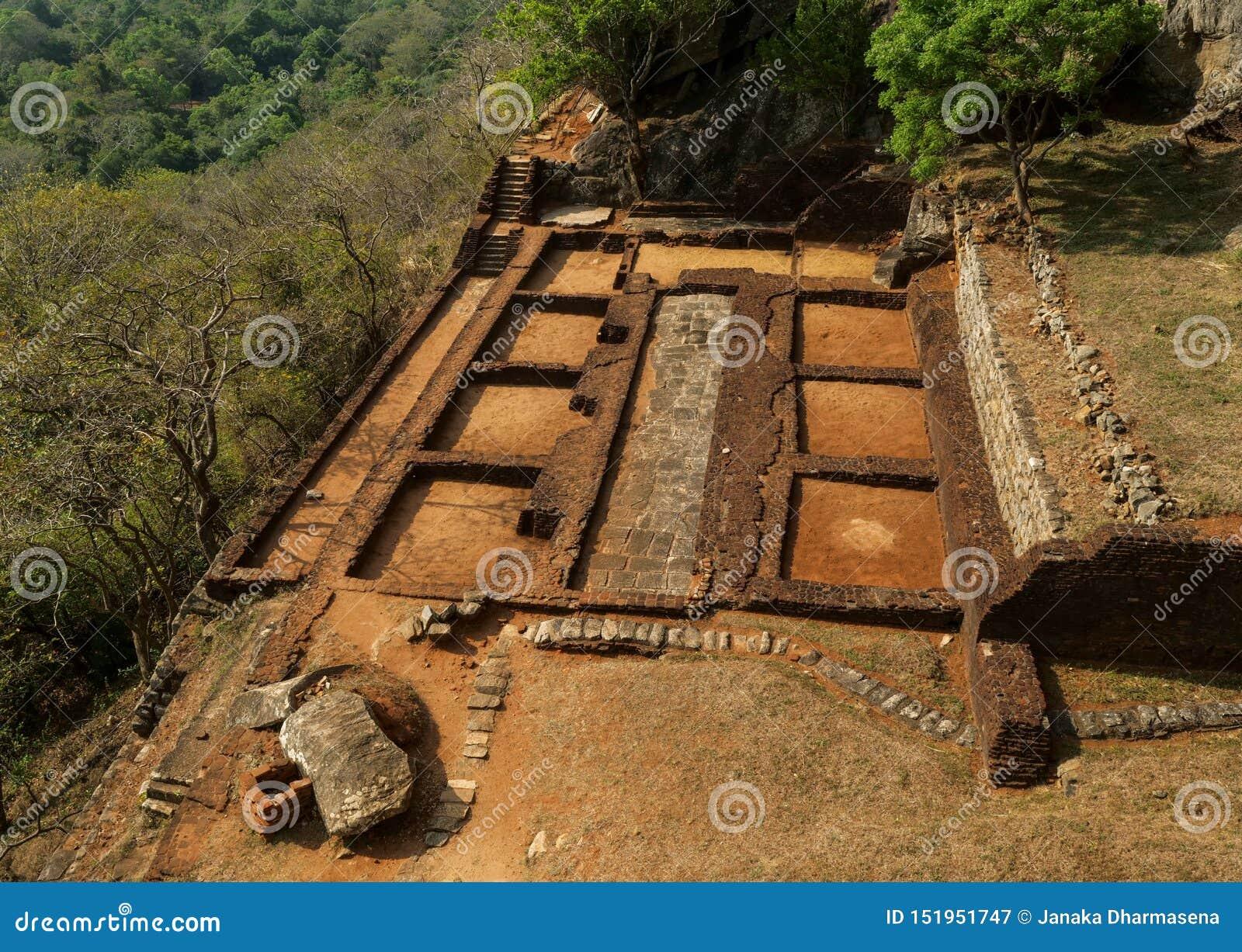 Αρχαίος βράχος Sigiriya στη Σρι Λάνκα