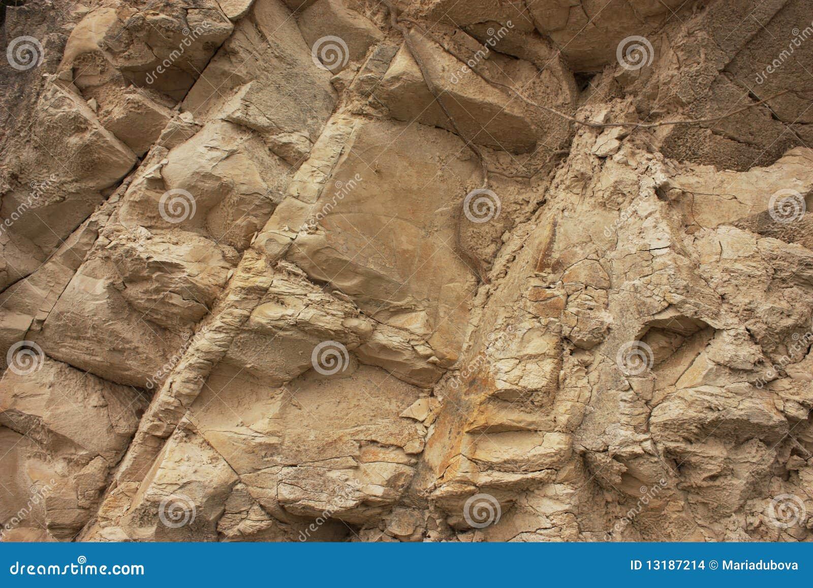 αρχαίος τοίχος πετρών