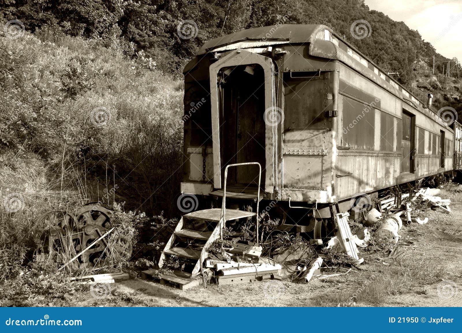αρχαίο τραίνο