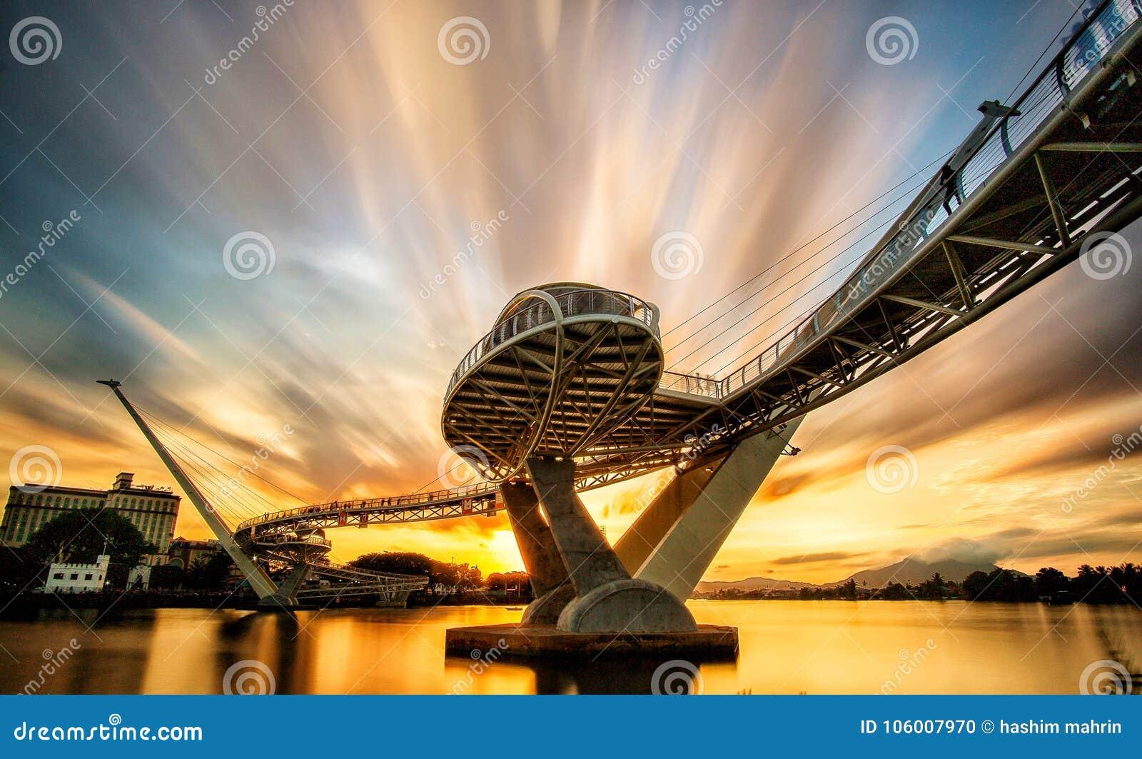 αρχιτεκτονική της γέφυρας της Hana darul