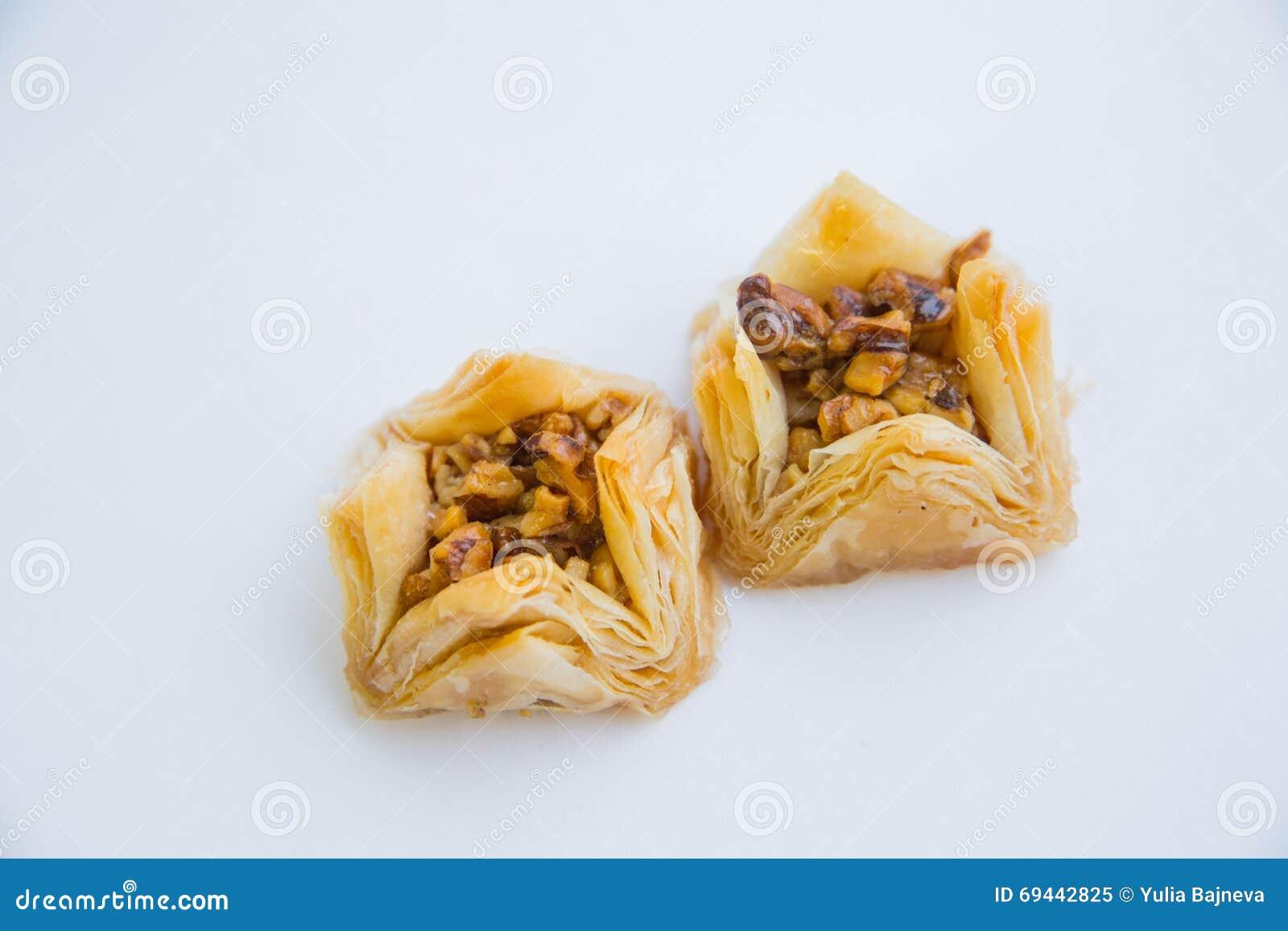 Ασιατικά γλυκά με το μέλι και τα καρύδια
