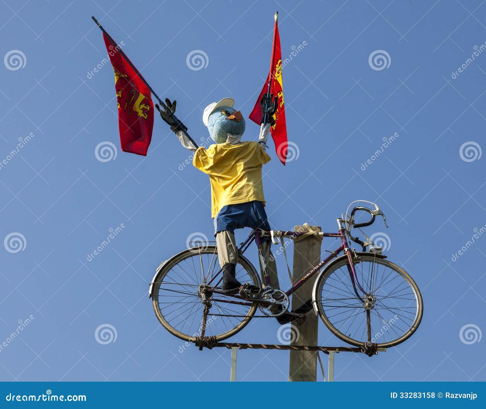 Αστεία μασκότ ποδηλατών