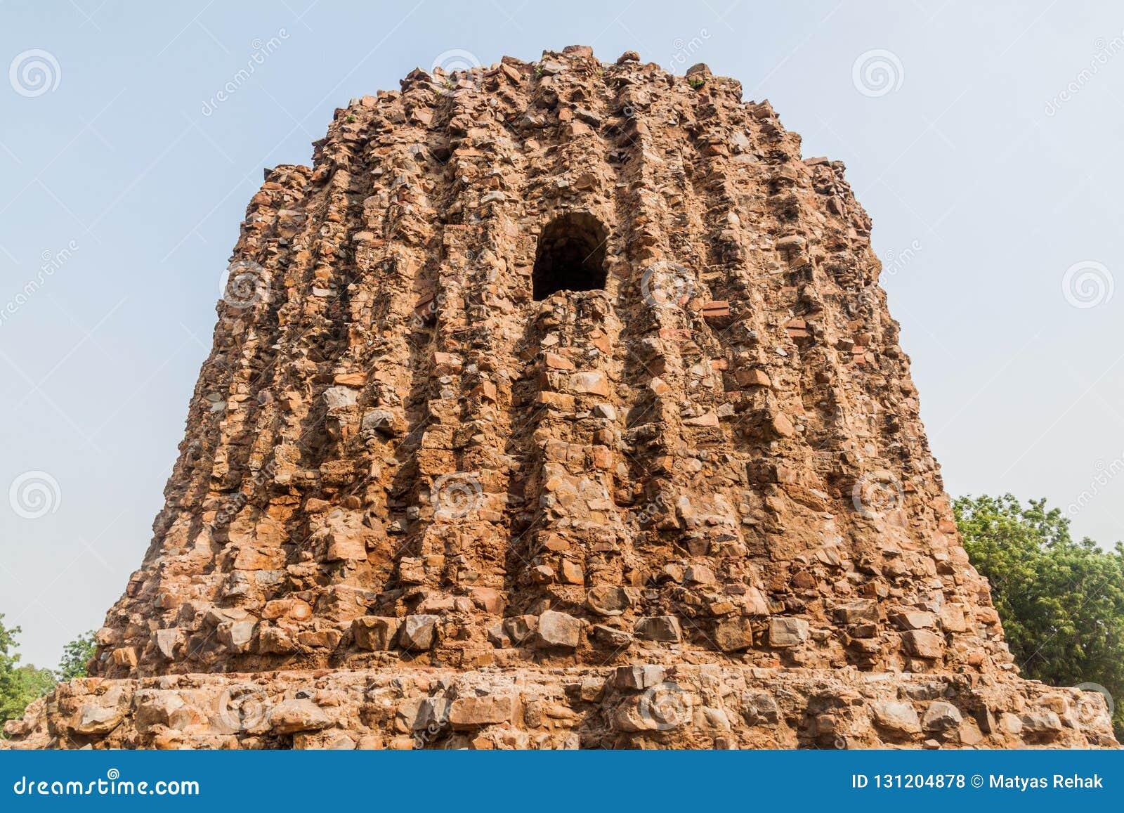 Ατελής μιναρές Alai Minar σε Qutub σύνθετο στο Δελχί, Indi
