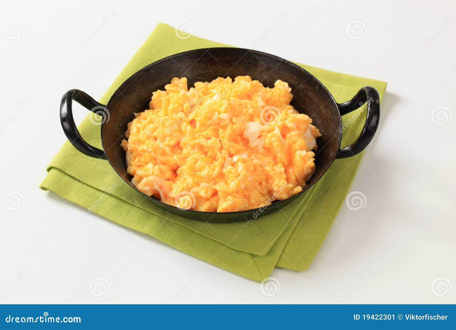 αυγά που ανακατώνονται