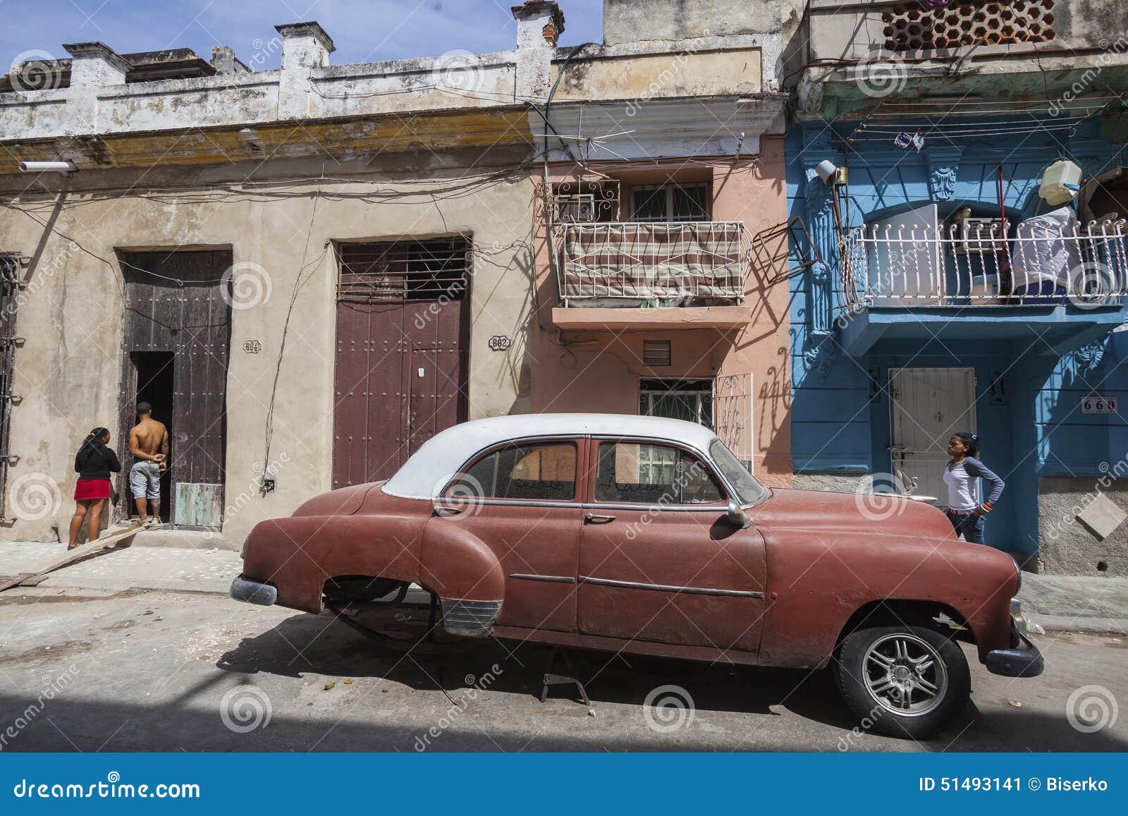 αυτοκίνητο Αβάνα παλαιά