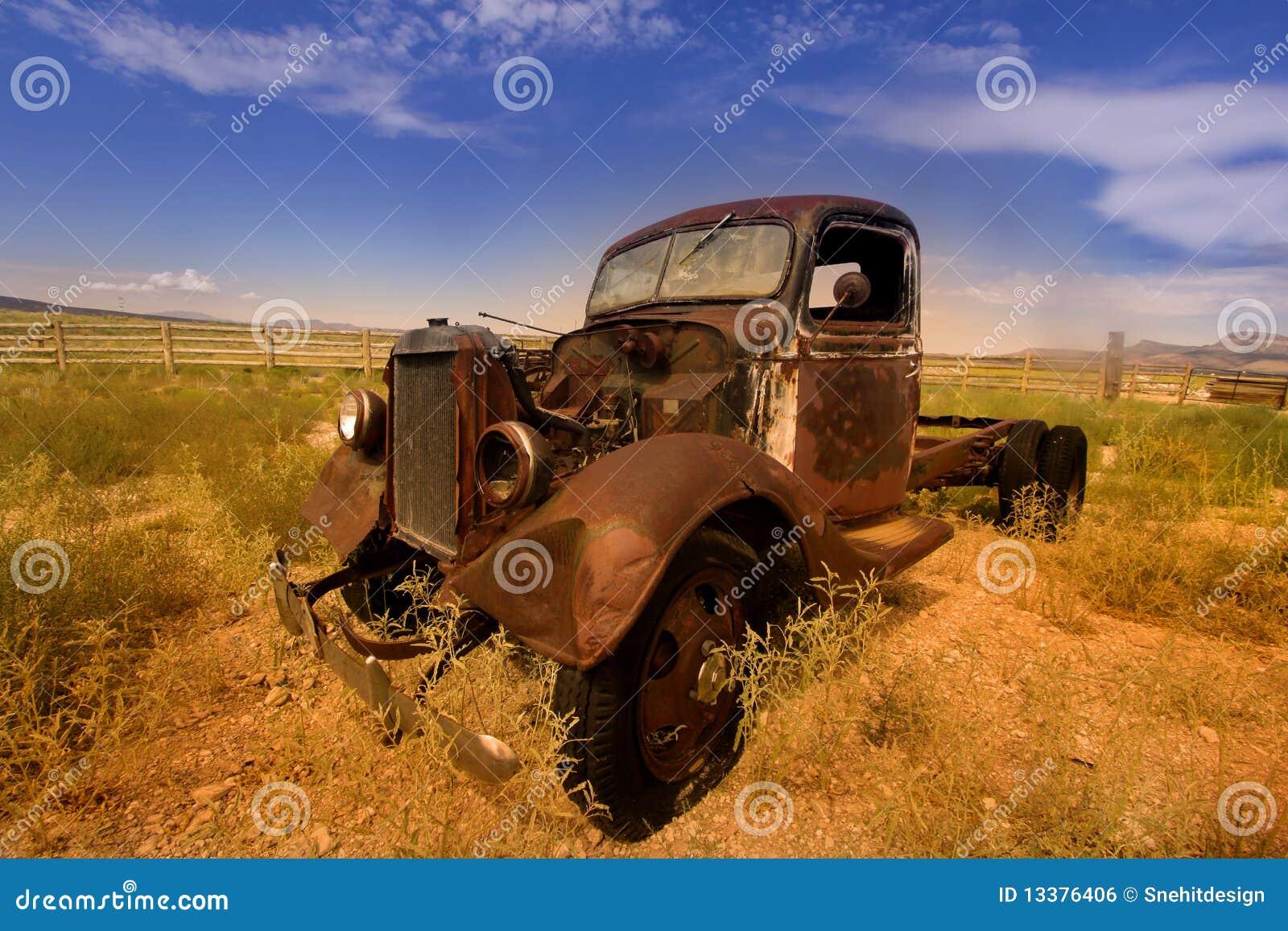 αυτοκίνητο αγροτικό