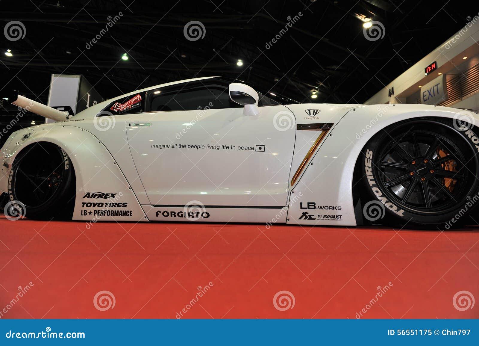 Download Αυτοκίνητο οριζόντων R35 GT-ρ της Nissan στο 3$ο διεθνές Autosalon 2015 της Μπανγκόκ στις 27 Ιουνίου 2015 στη Μπανγκόκ, Thailan Εκδοτική εικόνα - εικόνα από έκθεση, automatism: 56551175