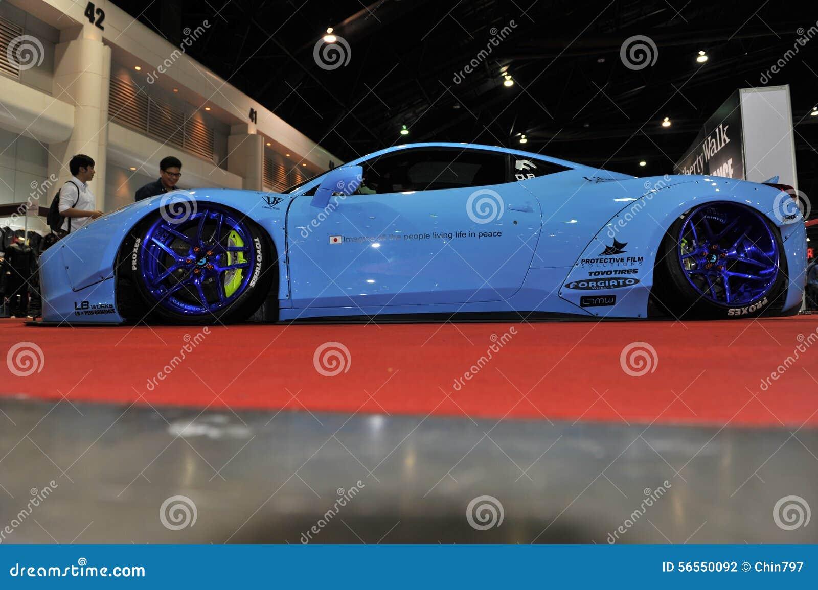 Download Αυτοκίνητο Lamborghini στο 3$ο διεθνές Autosalon 2015 της Μπανγκόκ στις 27 Ιουνίου 2015 στη Μπανγκόκ, Ταϊλάνδη Εκδοτική Φωτογραφία - εικόνα από ακριβός, makeup: 56550092
