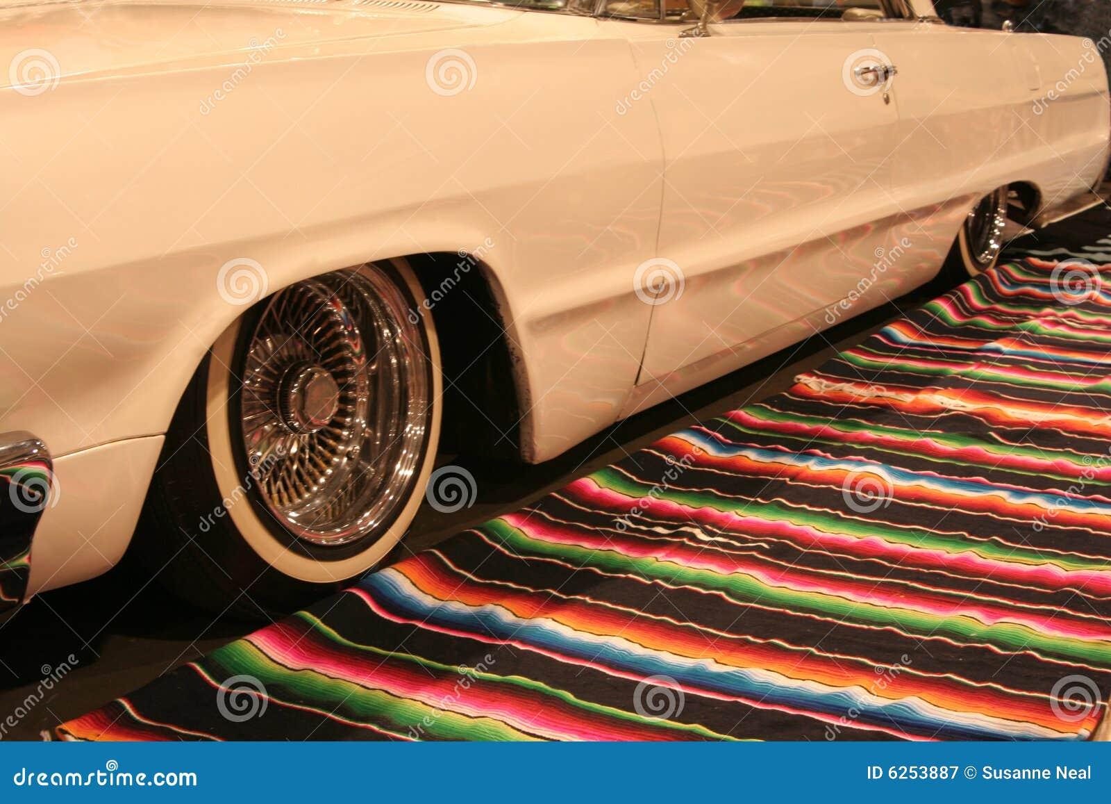 αυτοκίνητο lowrider