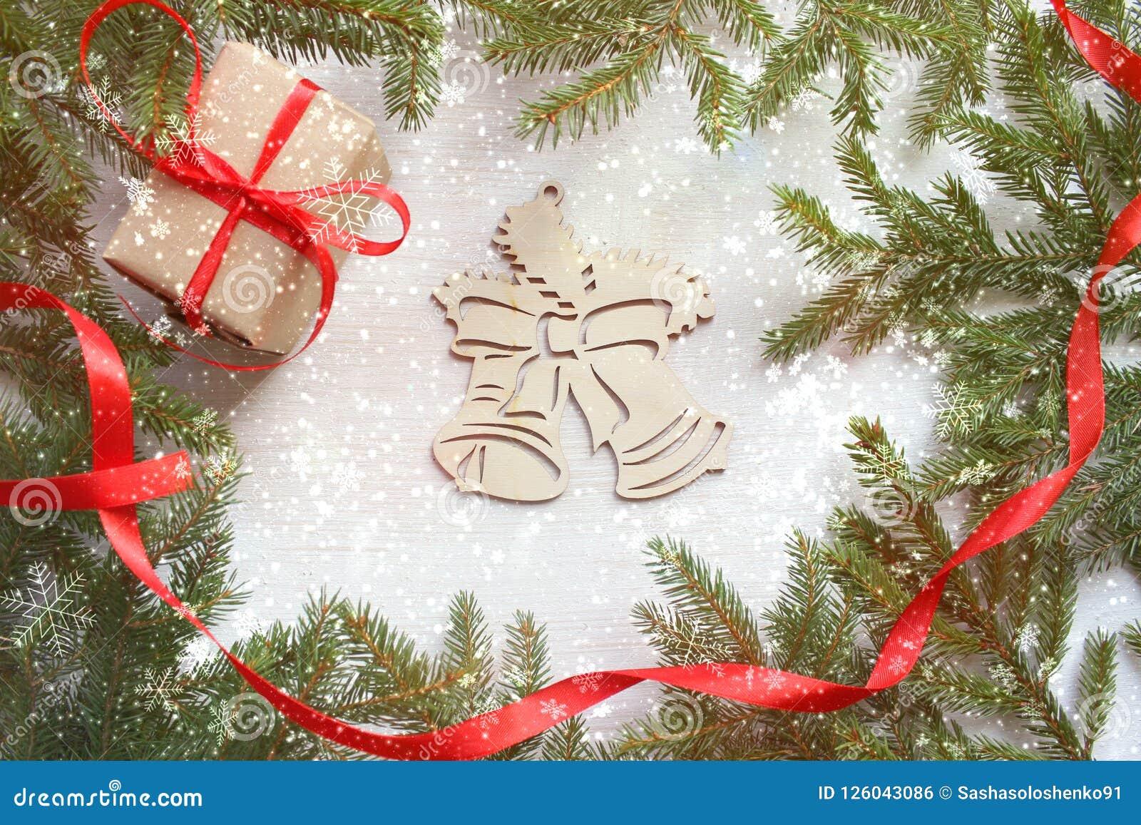αφηρημένο ανασκόπησης Χριστουγέννων σκοτεινό διακοσμήσεων σχεδίου λευκό αστεριών προτύπων κόκκινο Το πράσινο δέντρο διακλαδίζεται