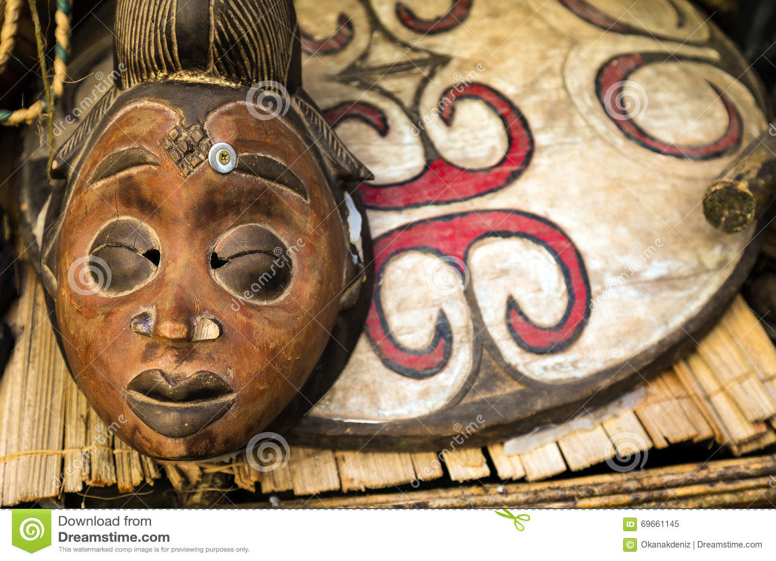 Αφρικανική μάσκα τοτέμ