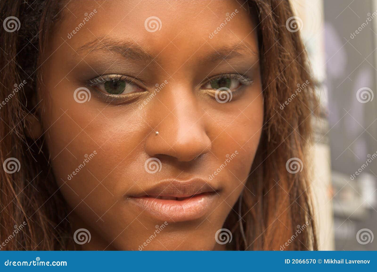 αφρικανικό κορίτσι αρκετά