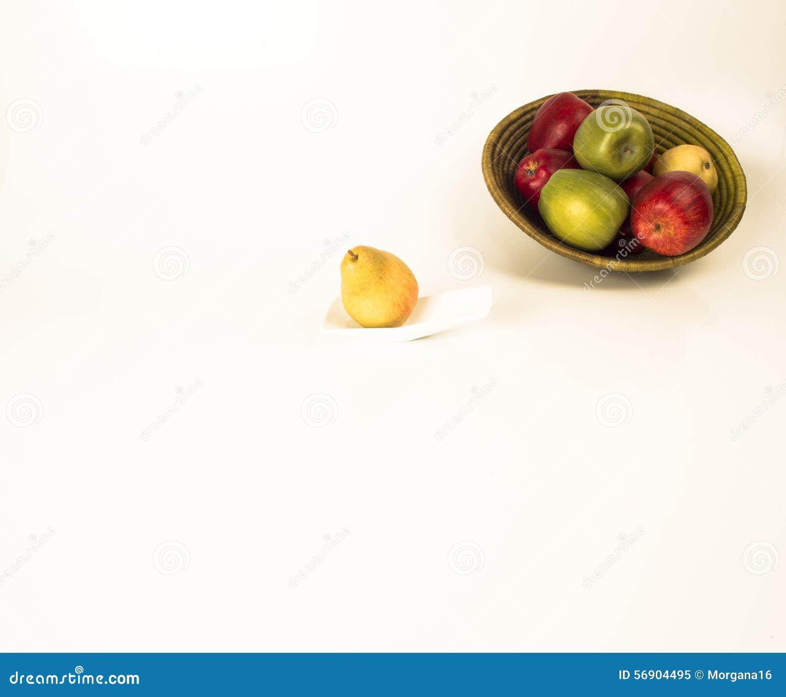 Αχλάδια και μήλα 3