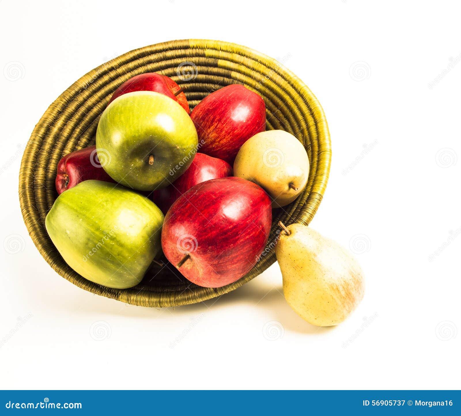 Αχλάδια και μήλα 4