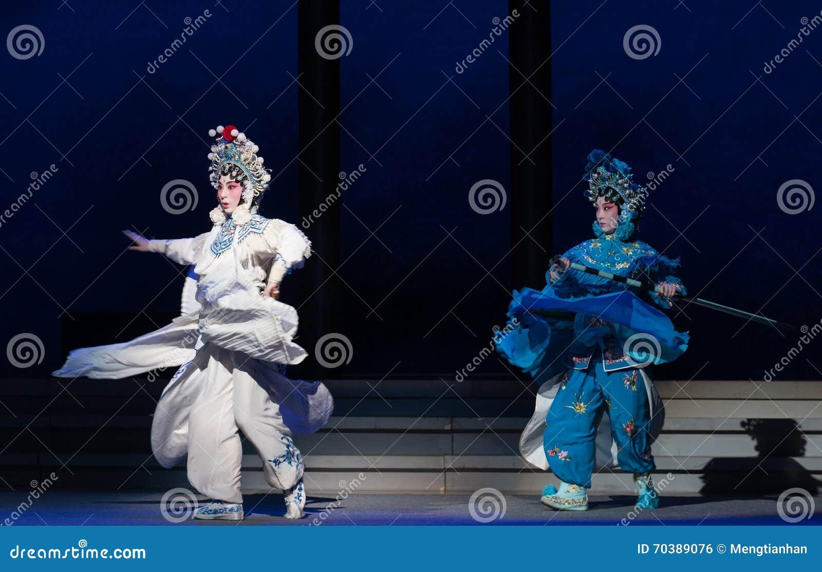 """Αδελφή ομόκεντρη - οι έκτες υπερχειλίσεις χρυσό λόφος-Kunqu Opera""""Madame άσπρο Snake† νερού πράξεων"""