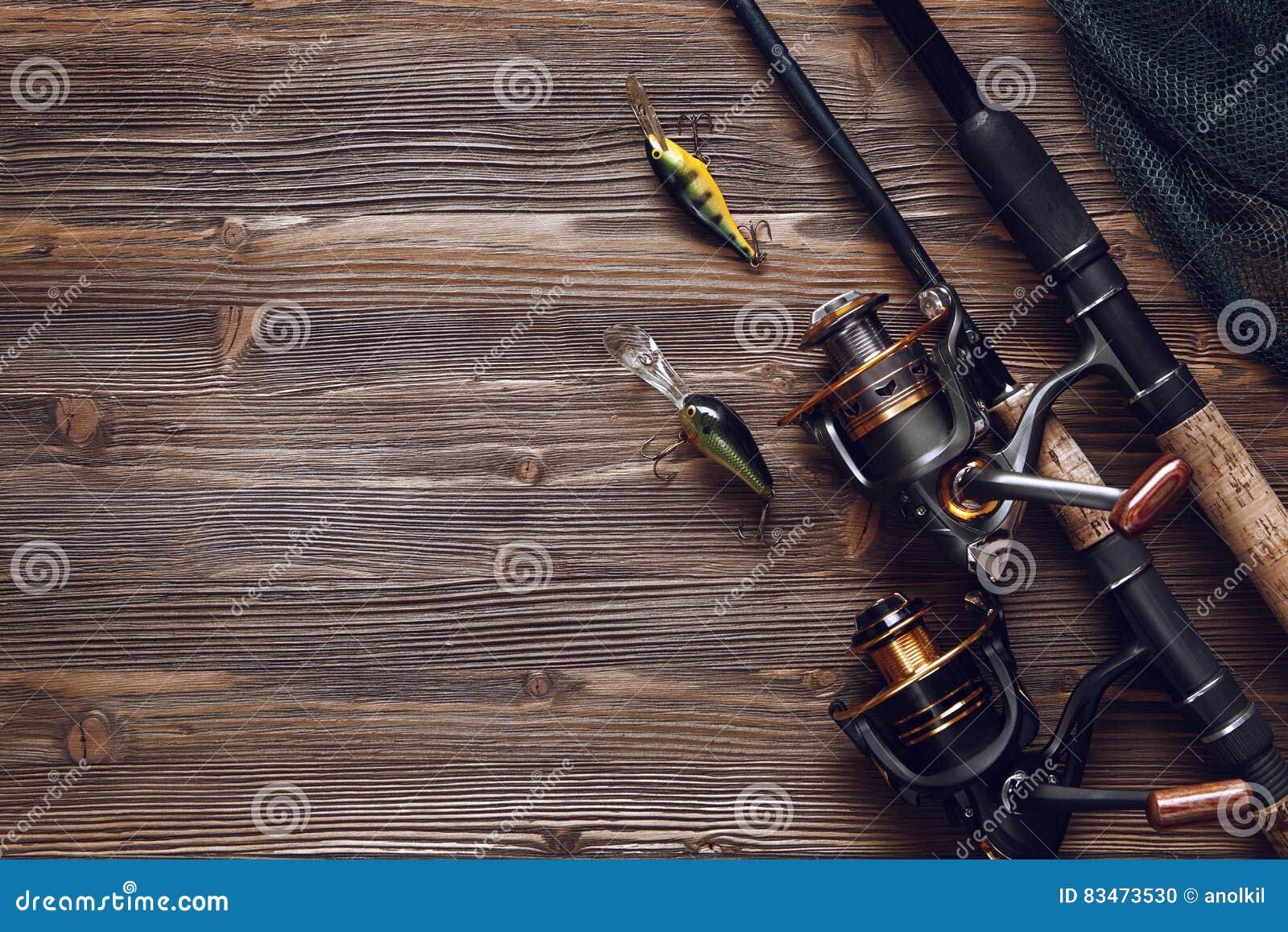 Αλιεύοντας τον εξοπλισμό - περιστροφή, γάντζοι και θέλγητρα αλιείας στην ξύλινη ΤΣΕ