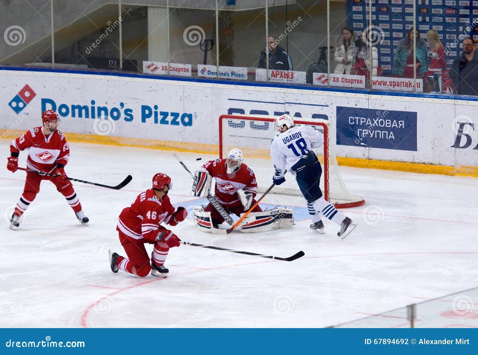 Α Ugarov ( 18)  επίθεση, Ε Ivannikov ( 31)  υπερασπίστε