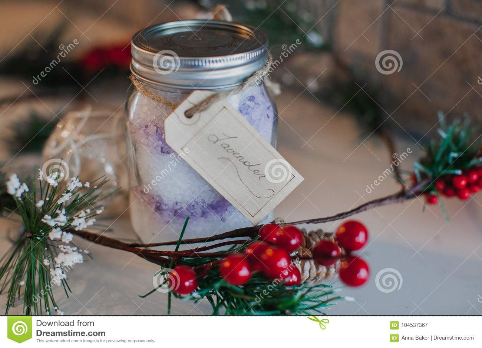 Βάζο του Mason Χριστουγέννων που γεμίζουν με το άλας Epsom