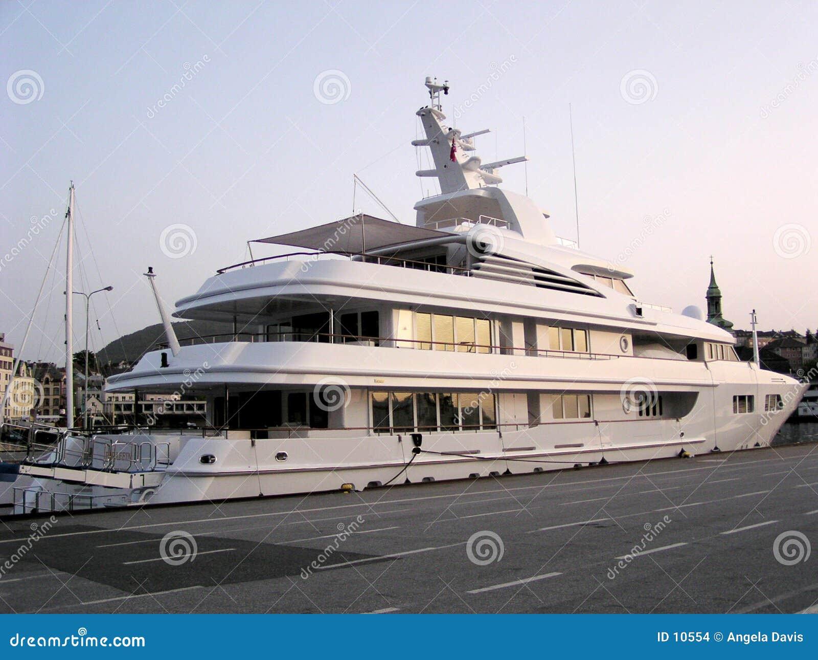 βάρκα ιδιωτική