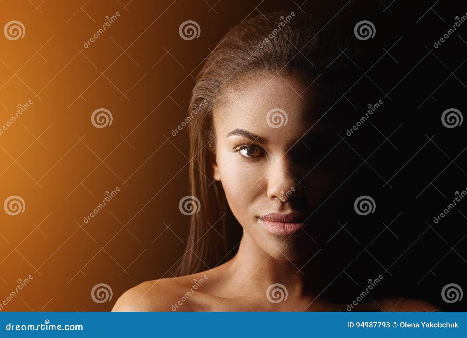 γυμνή αφρικανική γυναίκες