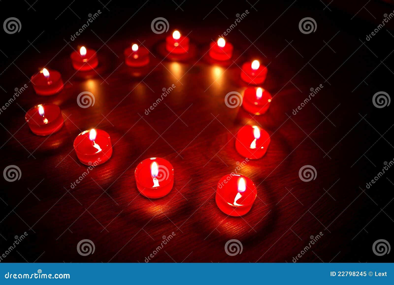 βαλεντίνοι καρδιών μορφής κεριών