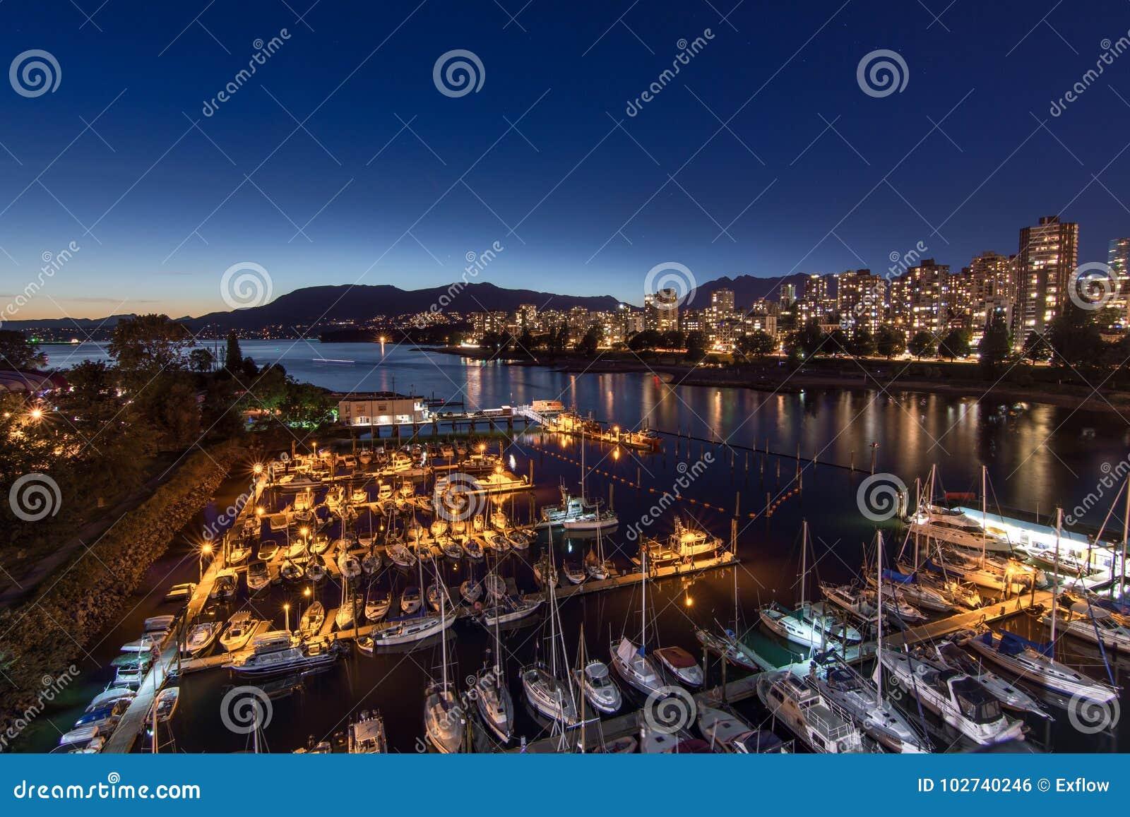 Βανκούβερ, Καναδάς - 23 Ιουνίου 2017: Βάρκες στην πολιτική μαρίνα Burrard