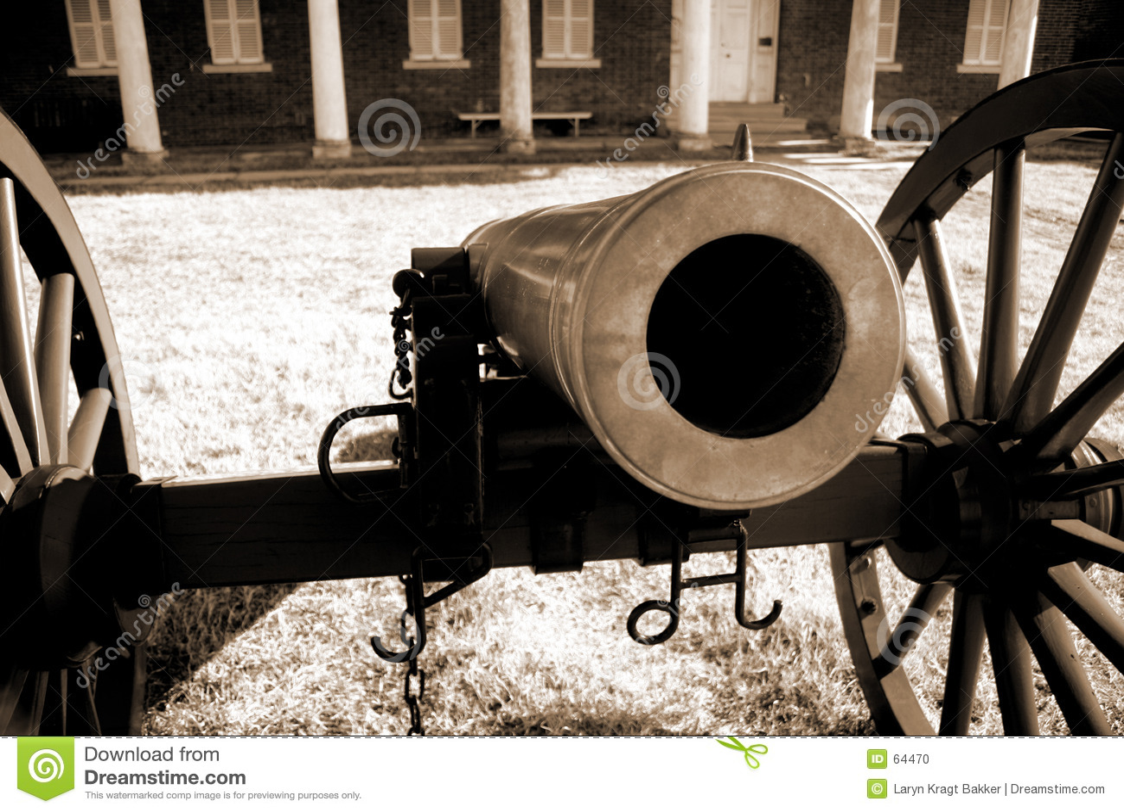 Download βαρέλι κάτω από να κοιτάξει &e Στοκ Εικόνες - εικόνα από βαρέλι, antiquate: 64470