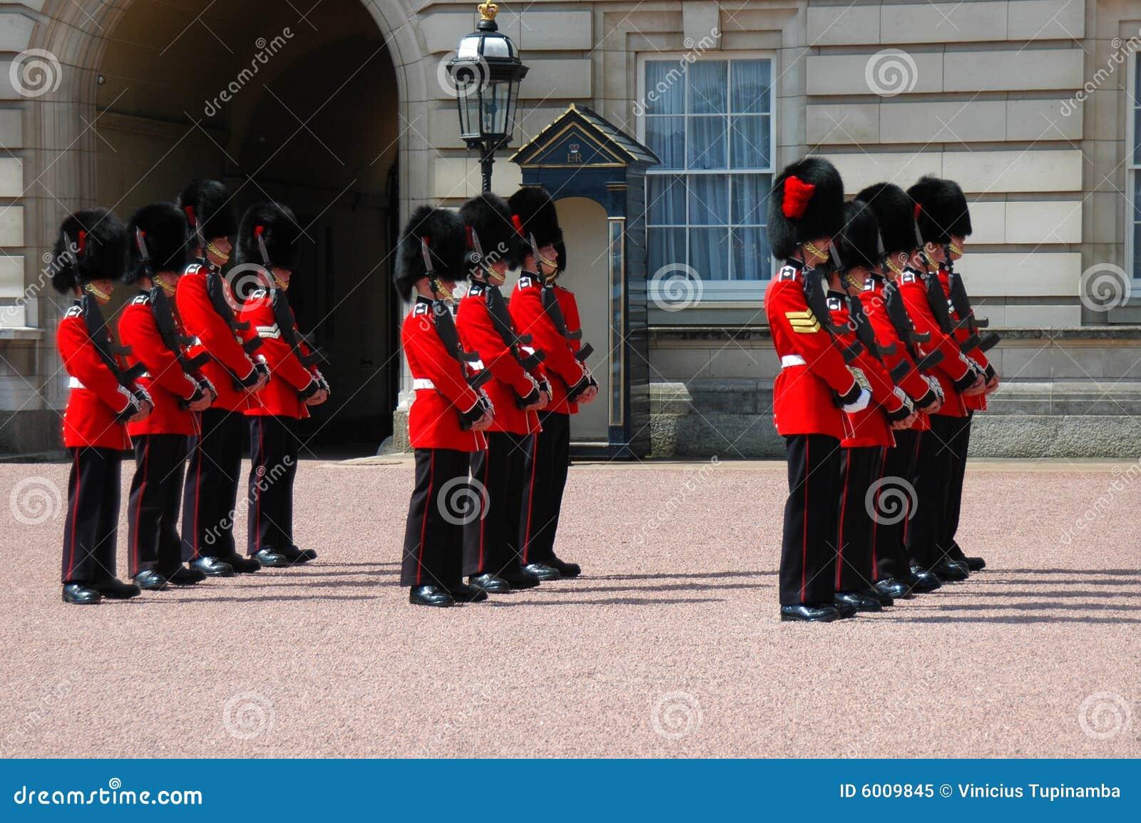 βασίλισσα φρουράς