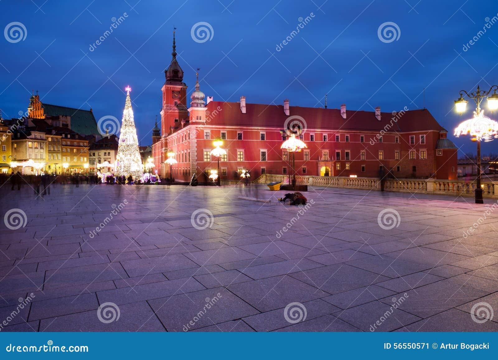 Download Βασιλική πλατεία του Castle τή νύχτα στη Βαρσοβία Στοκ Εικόνα - εικόνα από νύχτα, κάστρο: 56550571