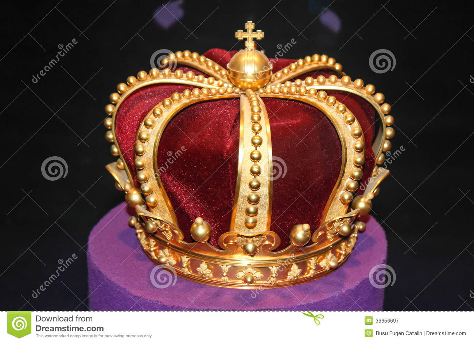 Βασιλική χρυσή κορώνα