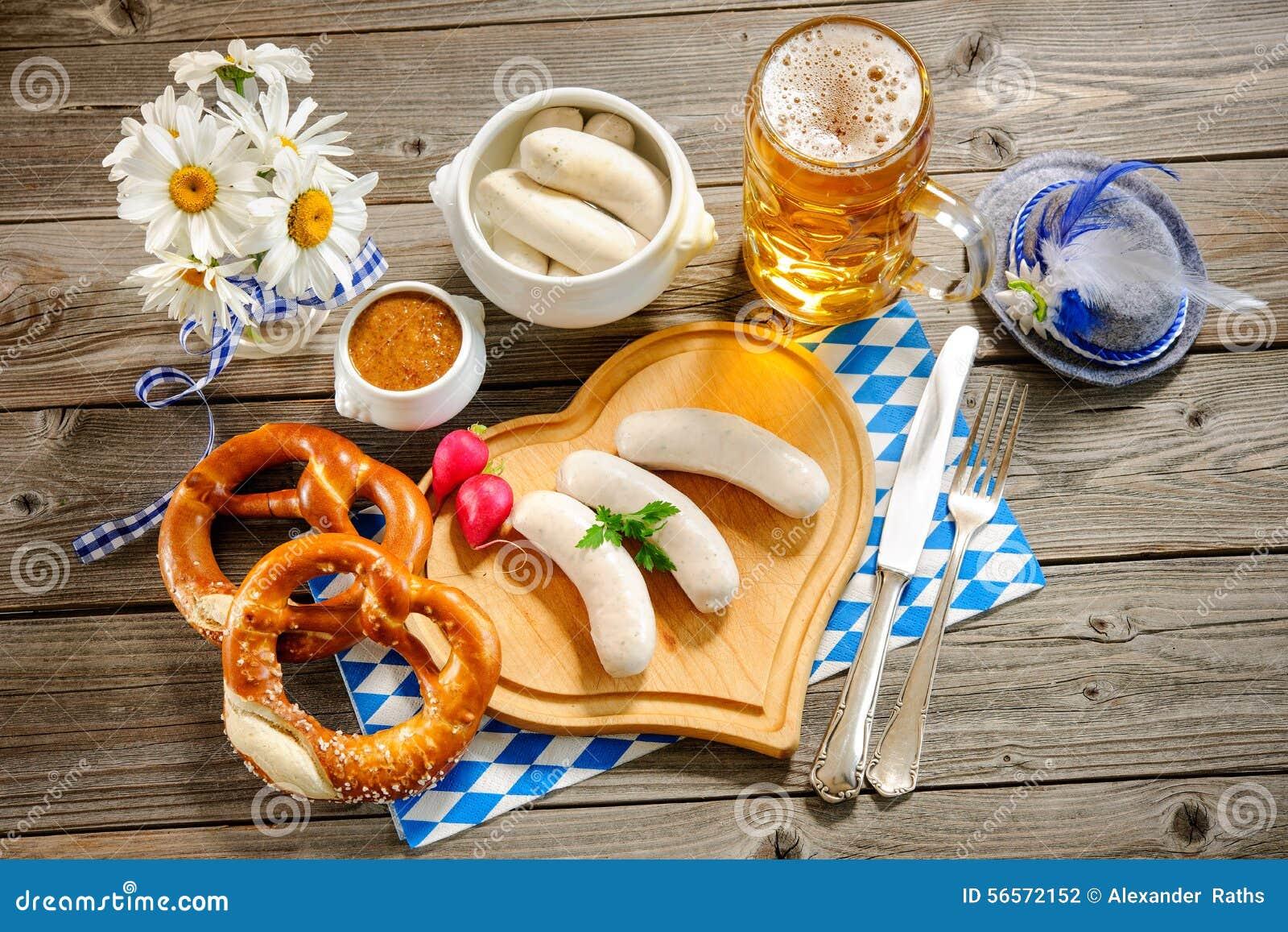 Download Βαυαρικό λουκάνικο μοσχαρίσιων κρεάτων Στοκ Εικόνες - εικόνα από κουζίνα, μαχαιροπήρουνα: 56572152