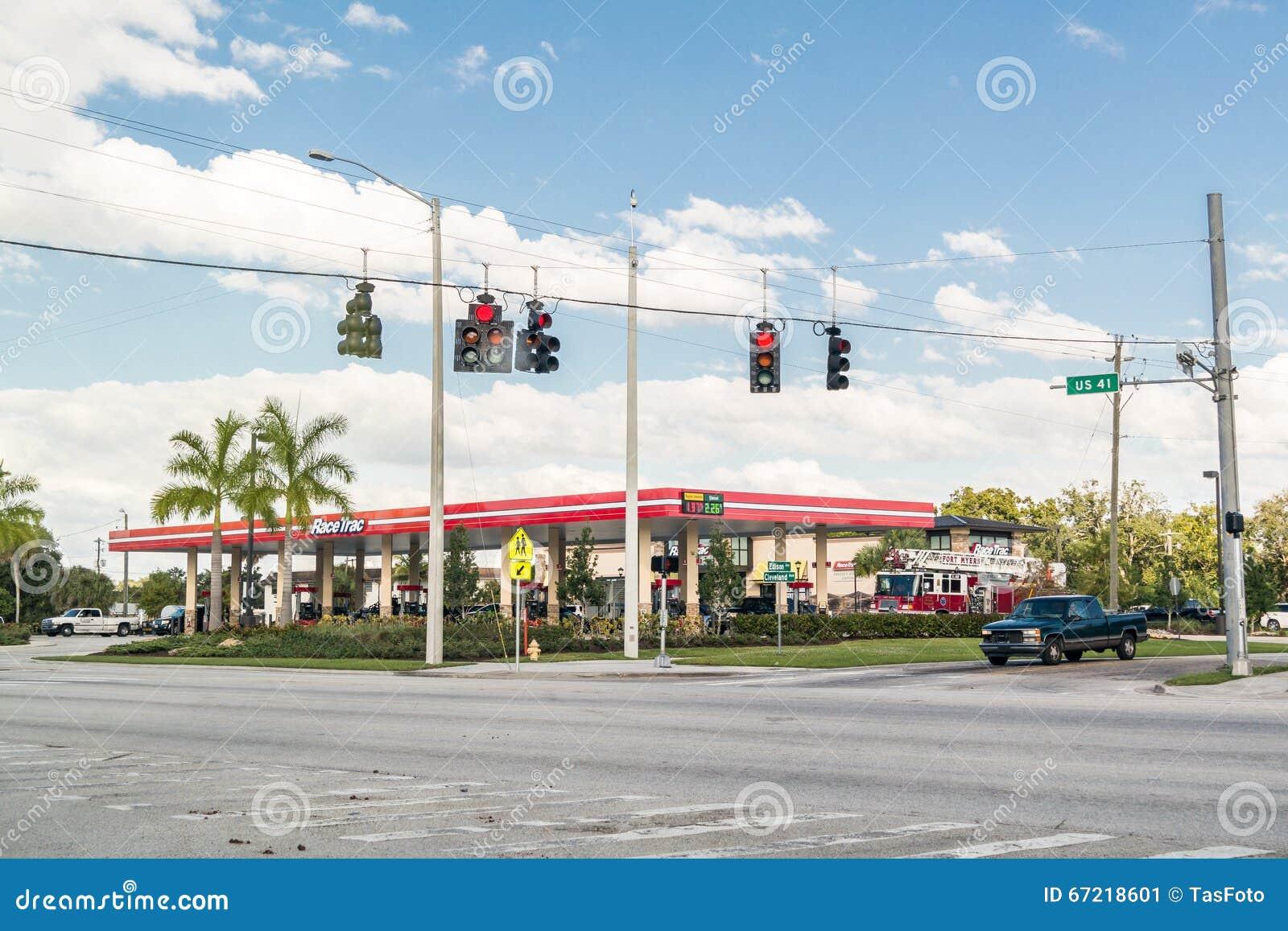Βενζινάδικο στο ίχνος Tamiami, οχυρό Myers, Φλώριδα