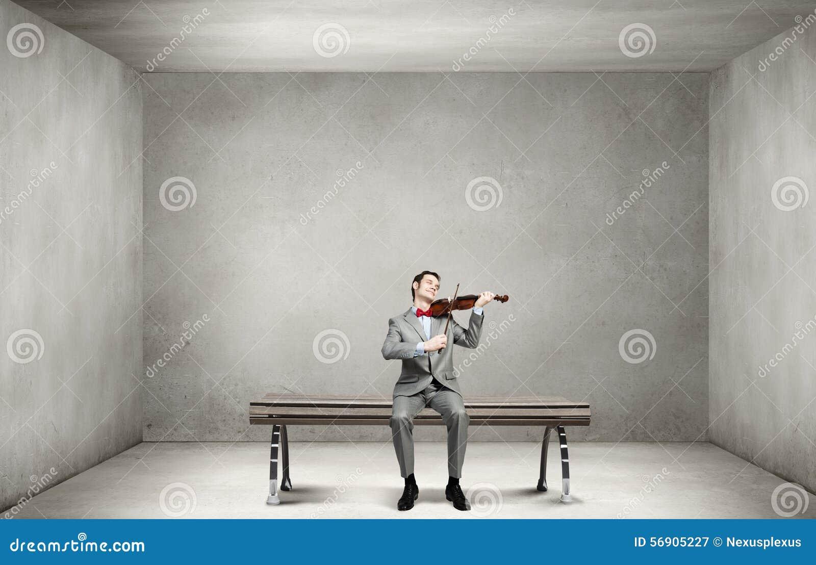 Βιολί παιχνιδιού επιχειρηματιών