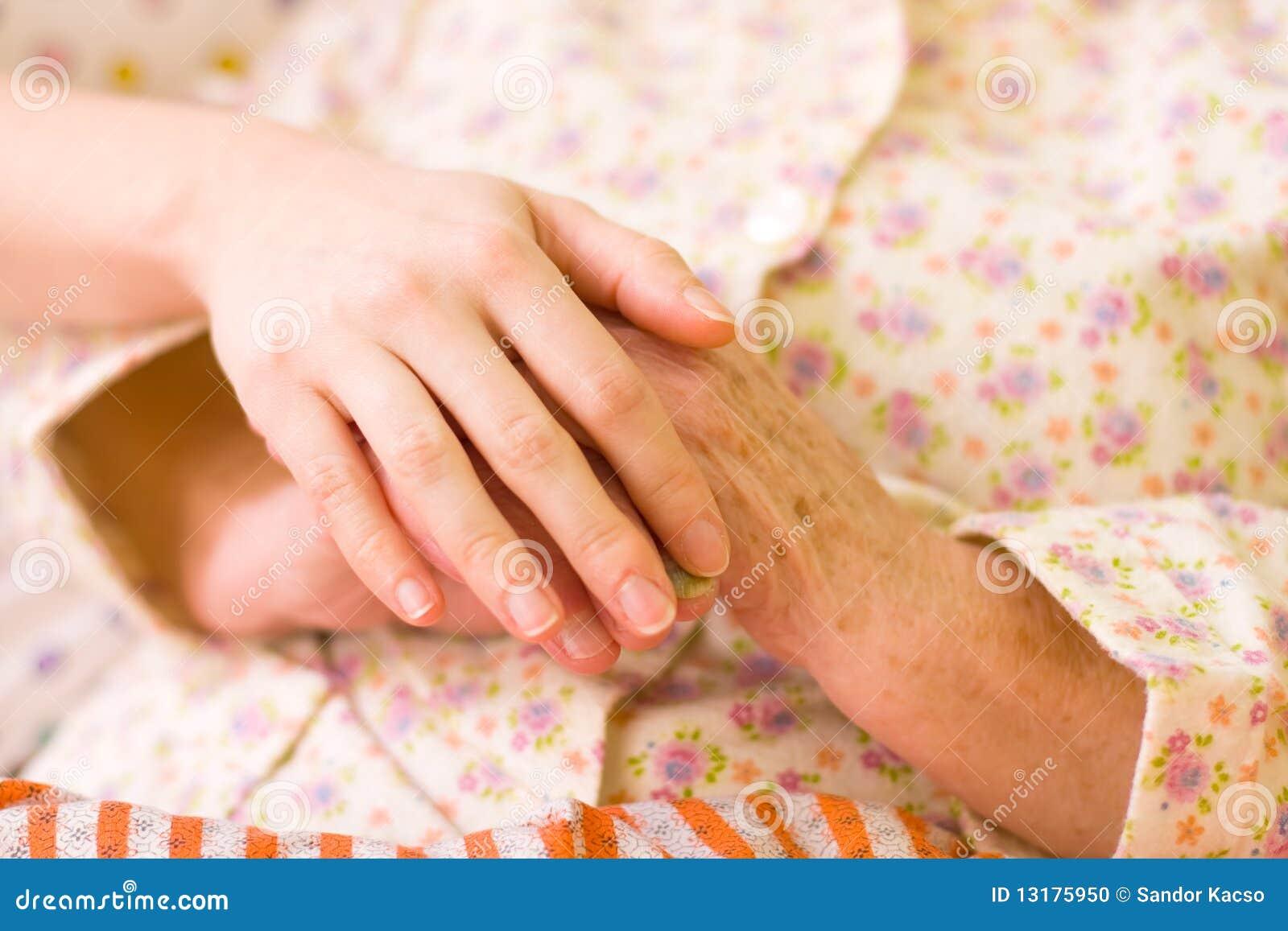 βοήθεια χεριών φροντίδας &
