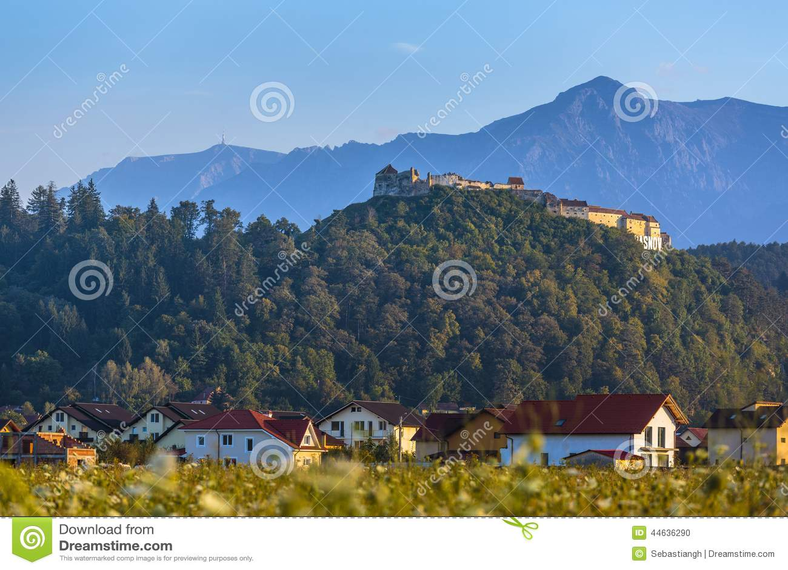 Βουνά φρουρίων και Bucegi Rasnov, Ρουμανία