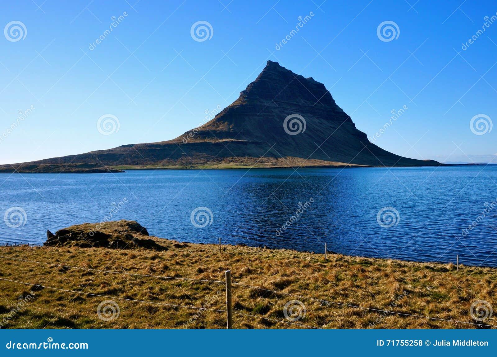 Βουνό Kirkjufell στην Ισλανδία