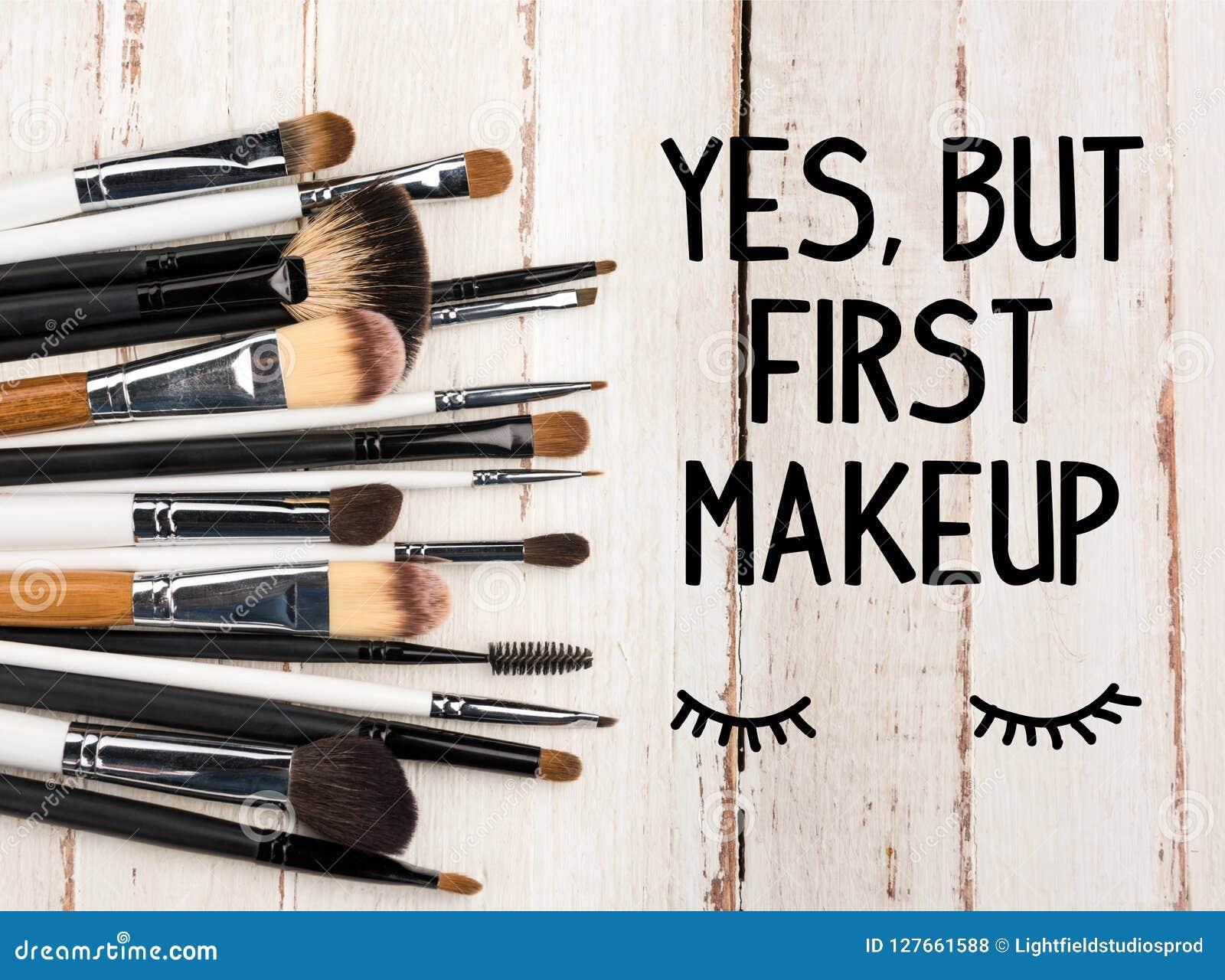 βουρτσίζει makeup διάφορο