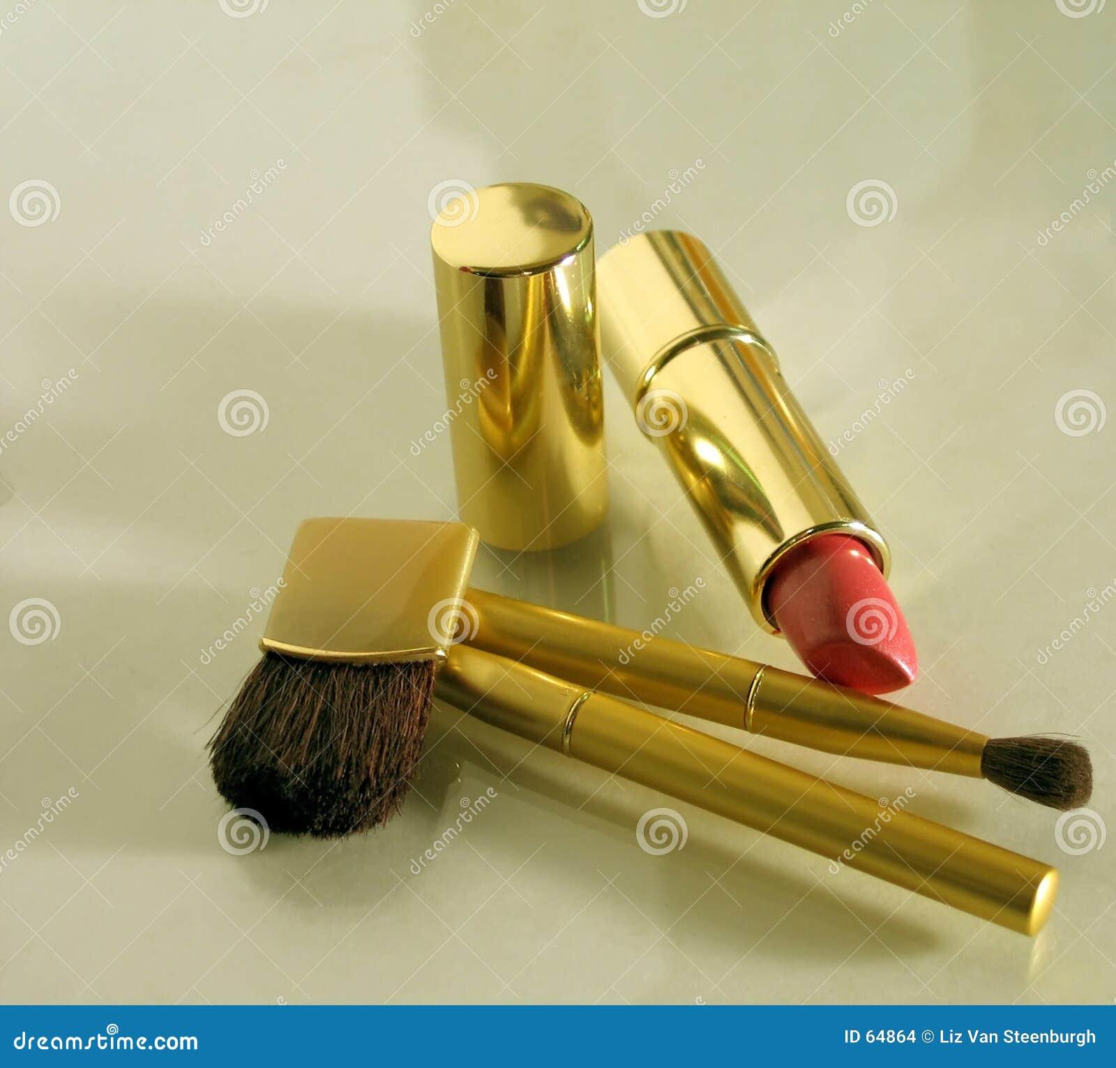 βουρτσίζει makeup