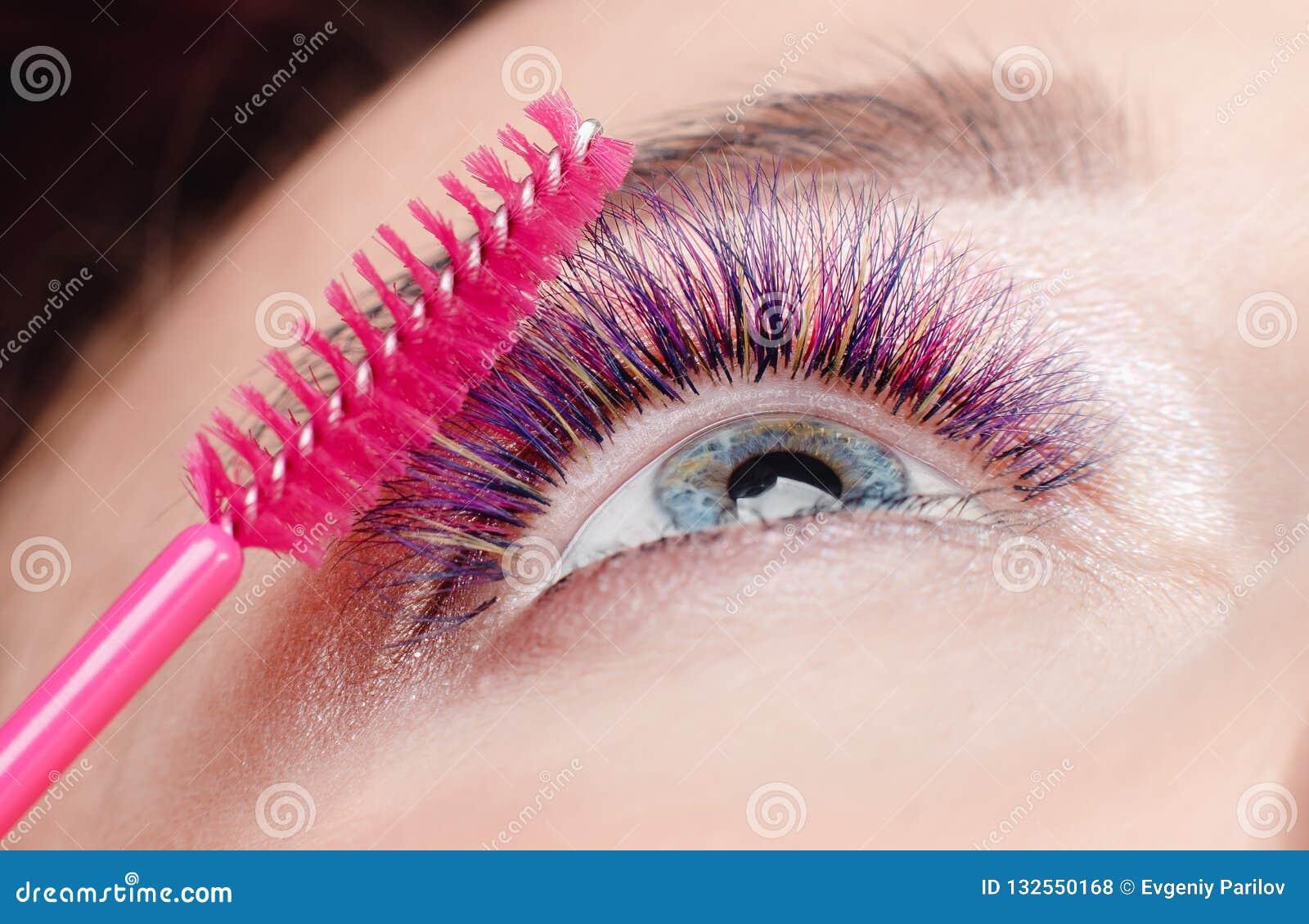 Βούρτσα για τα eyelashes