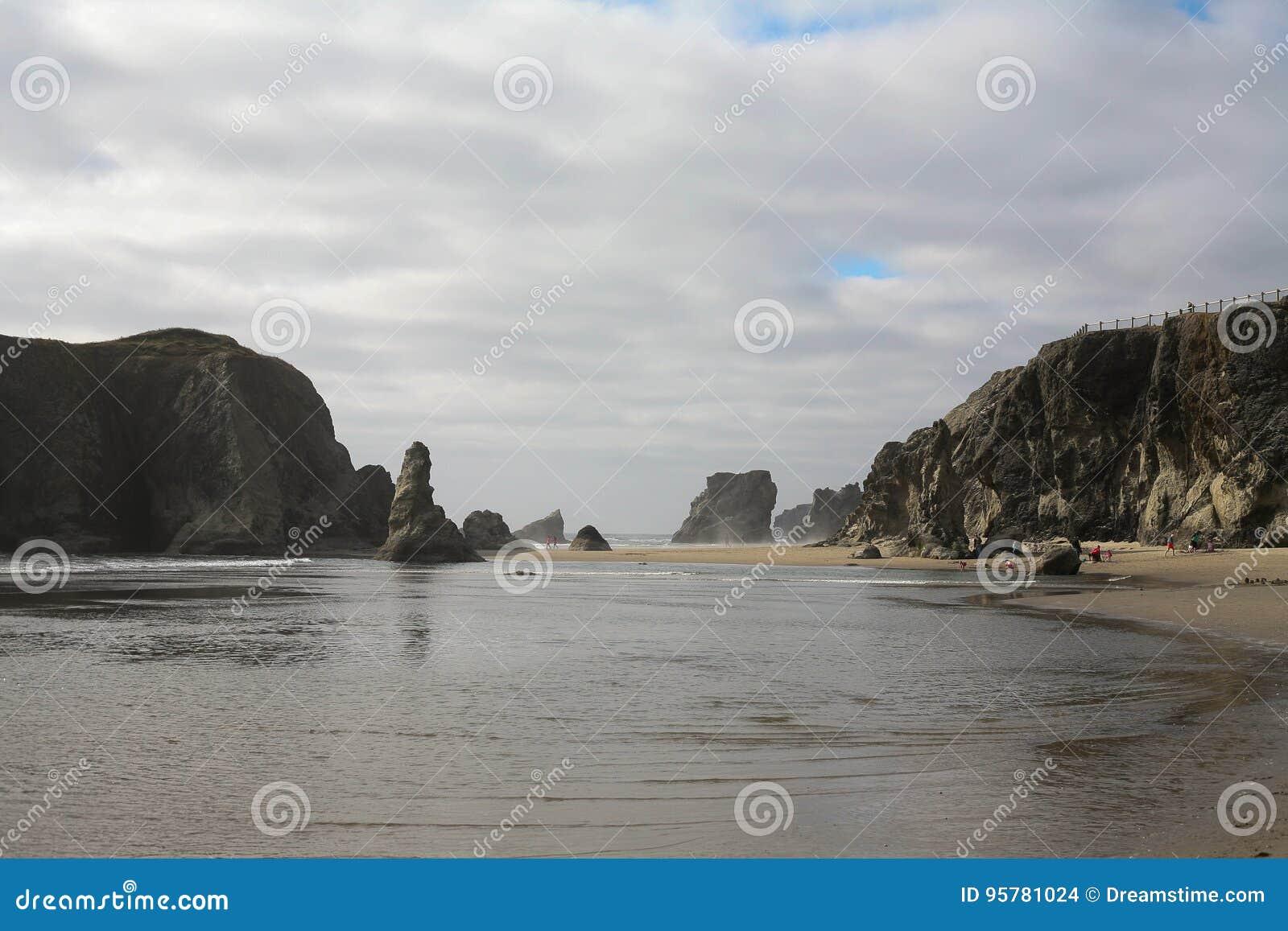 Βράχος προσώπου σε Bandon, Όρεγκον, ΗΠΑ