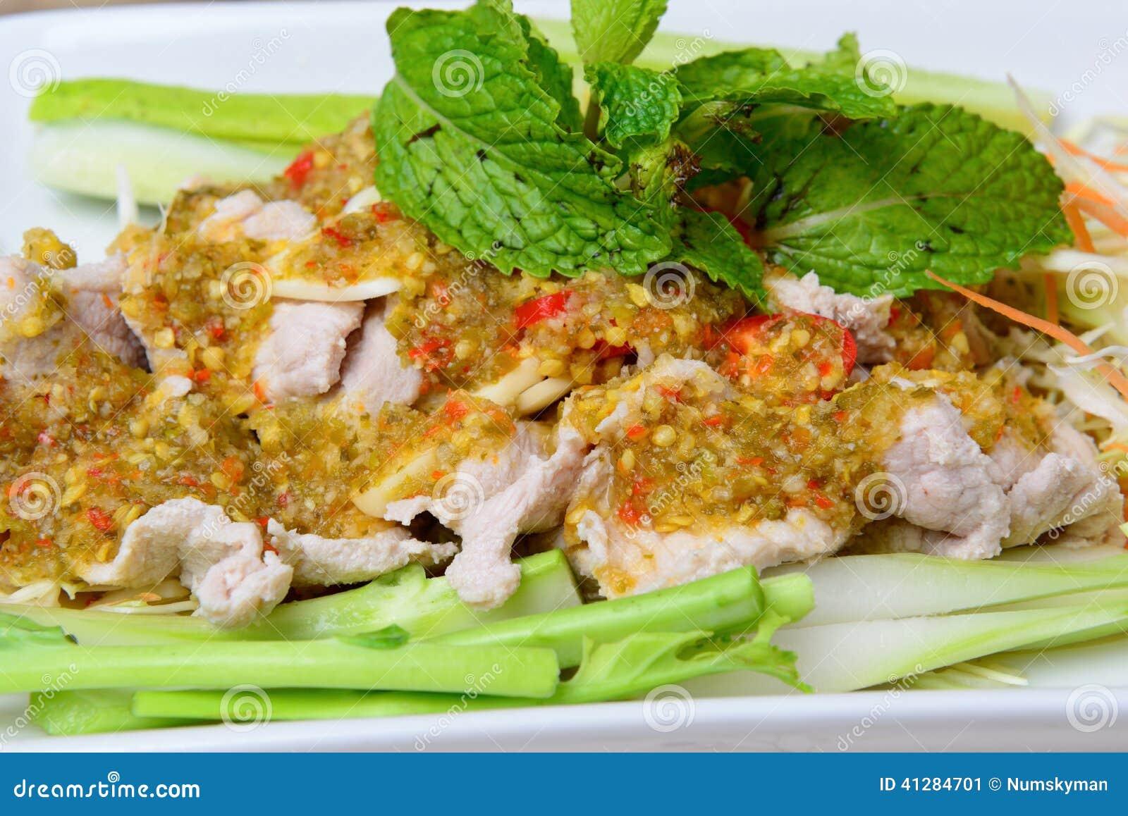 Βρασμένο χοιρινό κρέας με το σκόρδο ασβέστη και τη σάλτσα τσίλι (NAO (Εθνικός Οργανισμός Διαιτησίας) μουγκρητού μΑ)