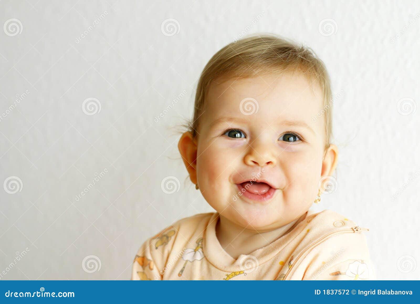 γέλιο μωρών