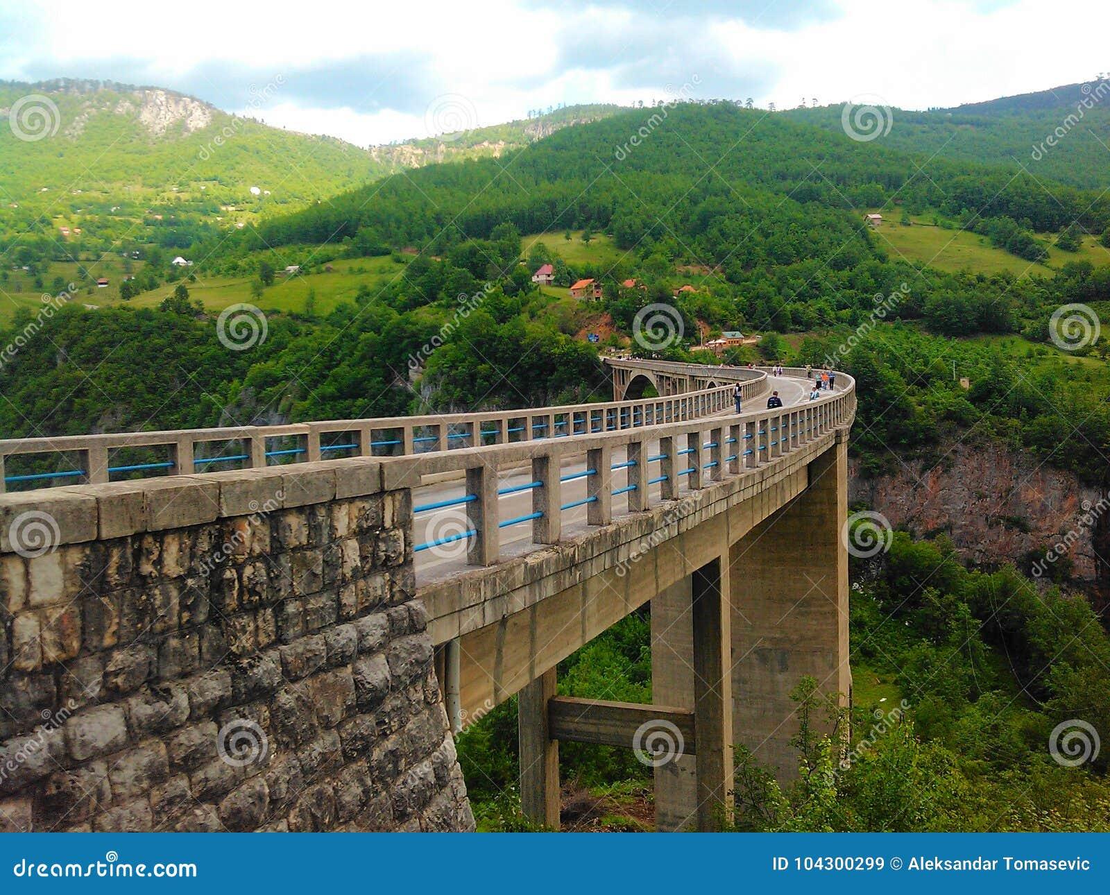 γέφυρα Μαυροβούνιο Tara