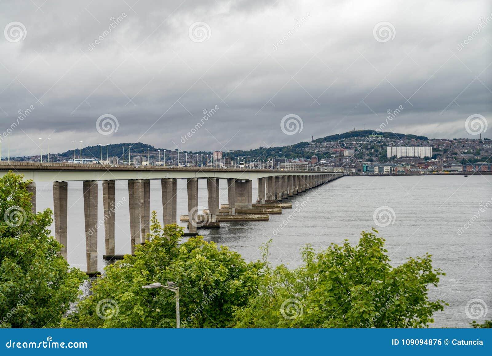 Γέφυρα ραγών Tay